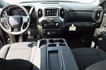 2021 Chevrolet Silverado 1500 Crew Cab 4x4, Pickup #MZ382907 - photo 9