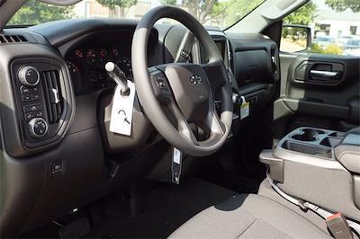2021 Chevrolet Silverado 1500 Crew Cab 4x4, Pickup #MZ386255 - photo 8