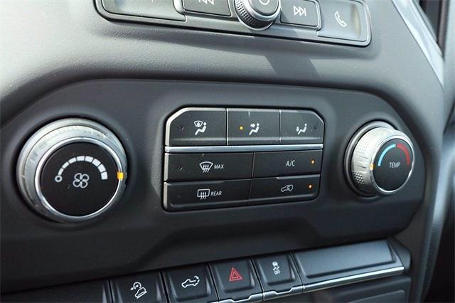 2021 Chevrolet Silverado 1500 Crew Cab 4x4, Pickup #MZ388819 - photo 14