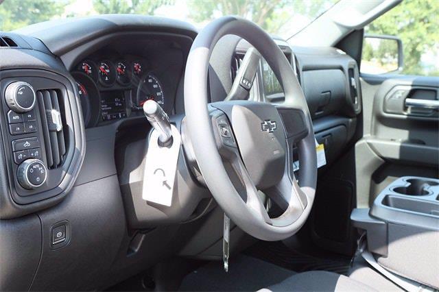 2021 Chevrolet Silverado 1500 Crew Cab 4x4, Pickup #MZ388819 - photo 8