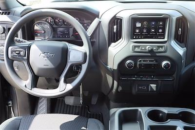 2021 Chevrolet Silverado 1500 Crew Cab 4x4, Pickup #MZ388819 - photo 10