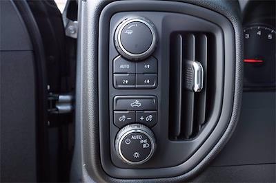 2021 Chevrolet Silverado 1500 Crew Cab 4x4, Pickup #MZ388819 - photo 16