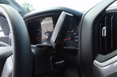 2021 Chevrolet Silverado 1500 Crew Cab 4x4, Pickup #MZ388819 - photo 17