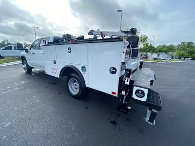 2021 Chevrolet Silverado 3500 Crew Cab AWD, Crane Body Mechanics Truck #CM47741 - photo 21