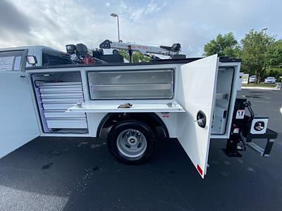 2021 Chevrolet Silverado 3500 Crew Cab AWD, Crane Body Mechanics Truck #CM47741 - photo 7