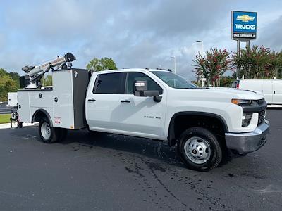 2021 Chevrolet Silverado 3500 Crew Cab AWD, Crane Body Mechanics Truck #CM47741 - photo 10
