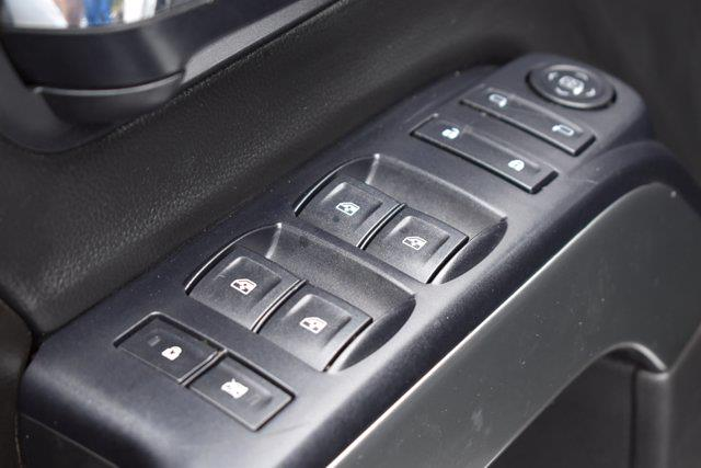 2015 Chevrolet Silverado 1500 Crew Cab 4x4, Pickup #M73728B - photo 12