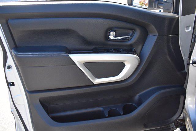 2018 Nissan Titan XD Crew Cab 4x4, Pickup #SA37855 - photo 10