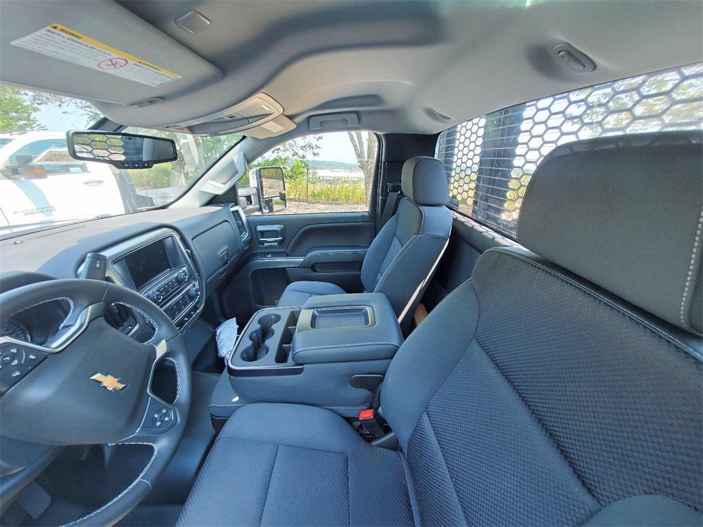 2020 Silverado 5500 Regular Cab DRW 4x2,  Knapheide Platform Body #T201033 - photo 20