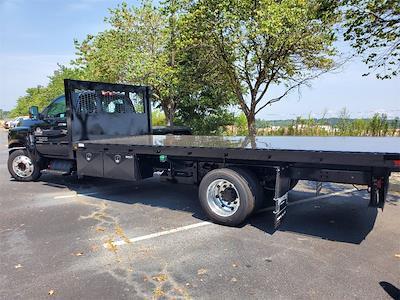 2020 Silverado 5500 Regular Cab DRW 4x2,  Knapheide Platform Body #T201033 - photo 2