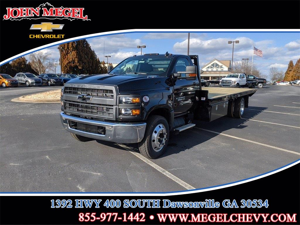2020 Chevrolet Silverado 6500 Regular Cab DRW 4x2, Platform Body #T201043 - photo 1