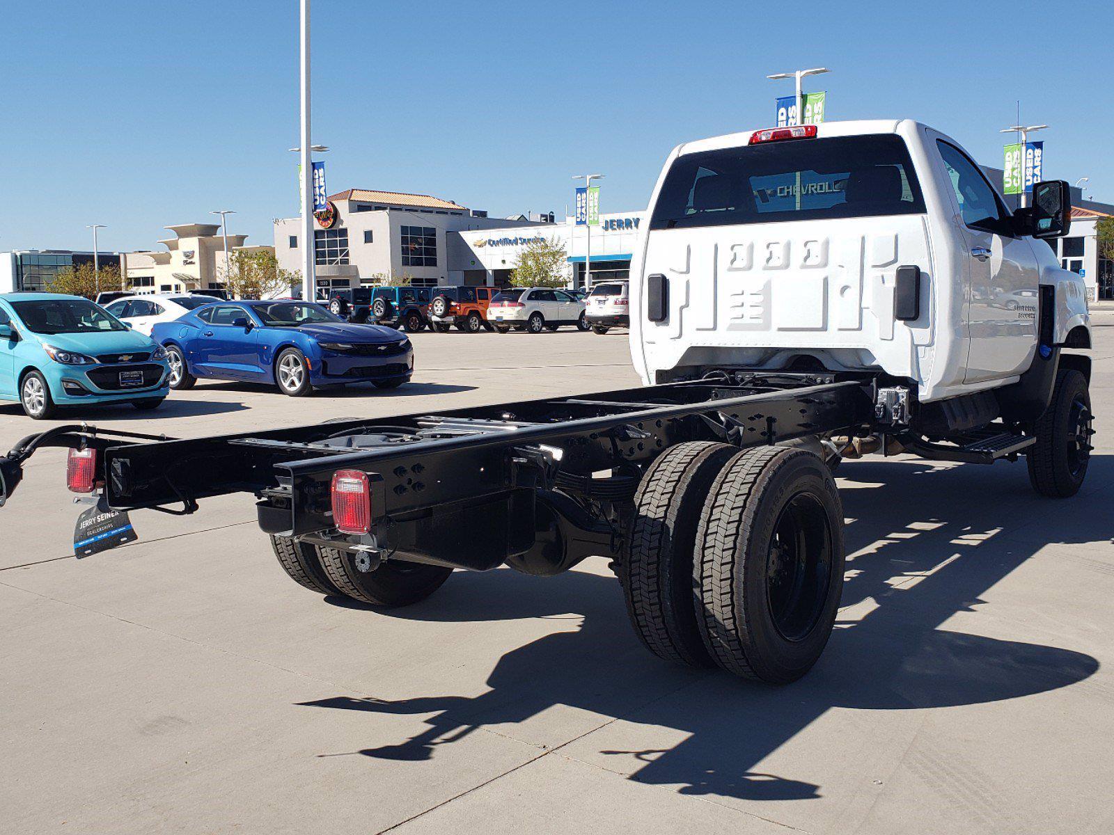 2020 Chevrolet Silverado 6500 DRW 4x4, Cab Chassis #CT20349 - photo 1