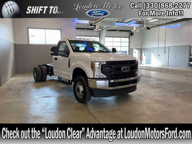 2021 Ford F-350 Regular Cab DRW 4x4, Cab Chassis #21082 - photo 1