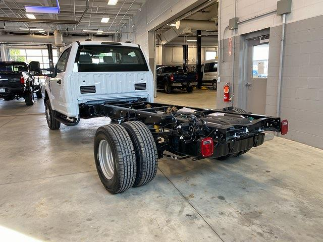 2021 Ford F-350 Regular Cab DRW 4x4, Cab Chassis #21082 - photo 14