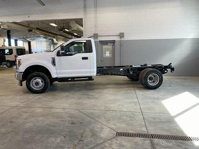2021 Ford F-350 Regular Cab DRW 4x4, Cab Chassis #21082 - photo 22