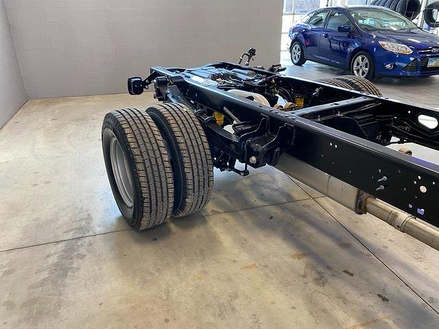 2021 Ford F-350 Regular Cab DRW 4x4, Cab Chassis #21082 - photo 24