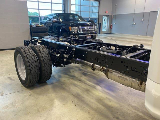 2021 Ford F-550 Regular Cab DRW 4x4, Cab Chassis #21176 - photo 22