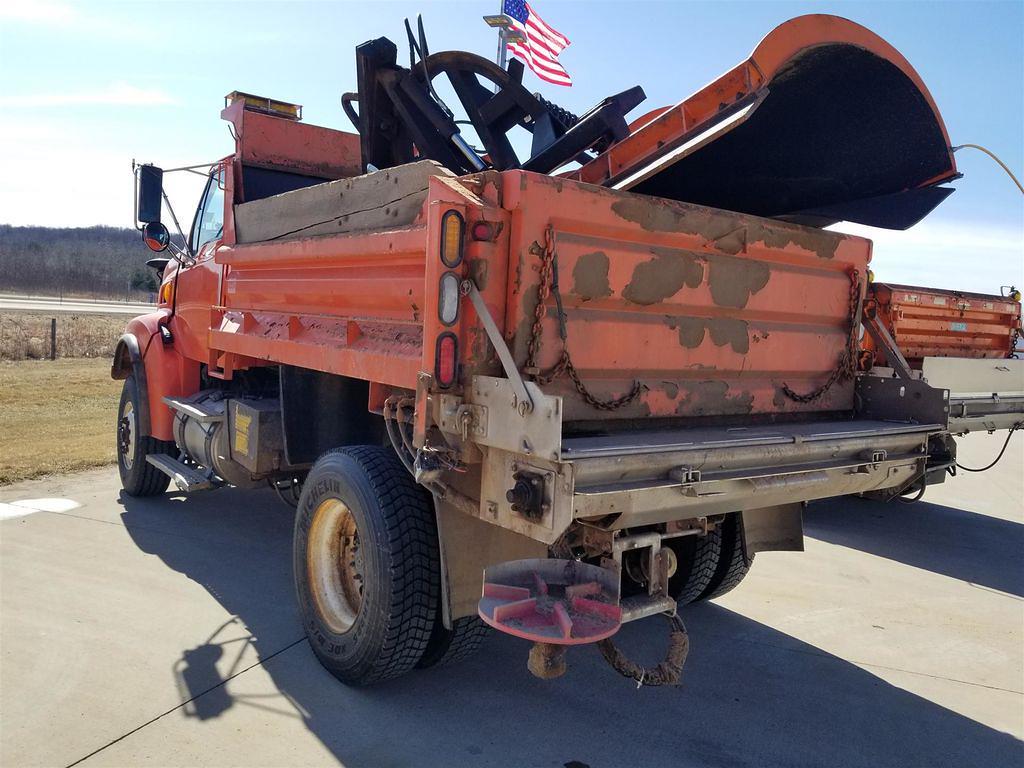 2005 Sterling L8500 4x2, Dump Body #254A-21 - photo 1