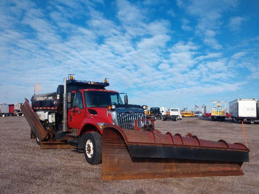 2011 International WorkStar 7500 4x2, Dump Body #325A-21 - photo 1