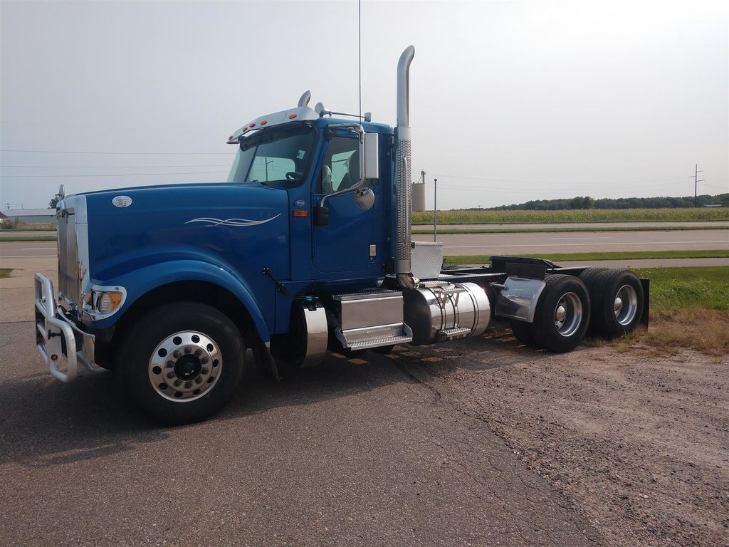 2015 International 9900i 6x4, Tractor #396A-21 - photo 1