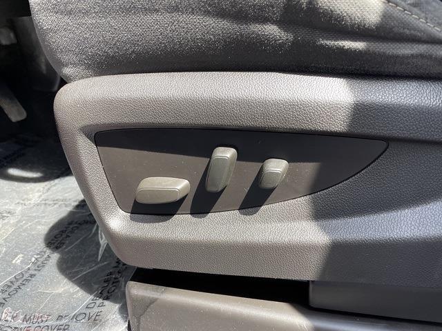 2016 Chevrolet Silverado 1500 Double Cab 4x4, Pickup #P2684A - photo 24