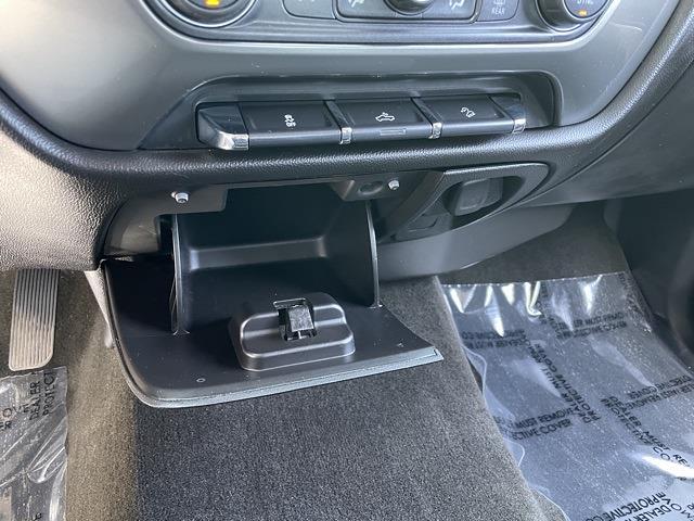 2016 Chevrolet Silverado 1500 Double Cab 4x4, Pickup #P2684A - photo 32