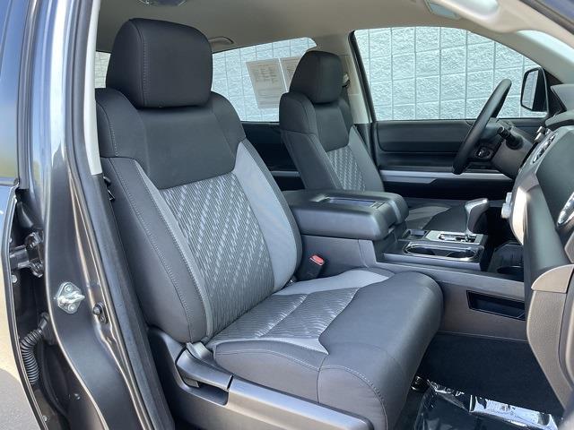 2020 Toyota Tundra Crew Cab 4x4, Pickup #P2730 - photo 48