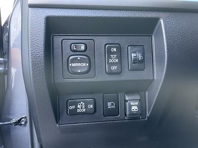 2020 Toyota Tundra Crew Cab 4x4, Pickup #P2730 - photo 35