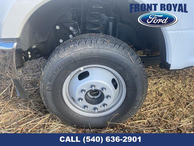 2020 Ford F-350 Regular Cab DRW AWD, PJ's Landscape Dump Stake Bed #T3015 - photo 25