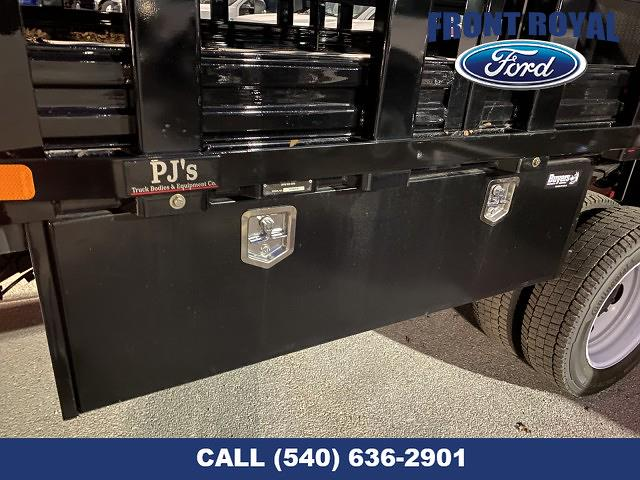 2020 Ford F-450 Regular Cab DRW 4x2, PJ's Stake Bed #T3032 - photo 6