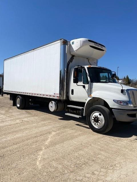 2018 International DuraStar 4400 4x2, Cab Chassis #UTC1352 - photo 1