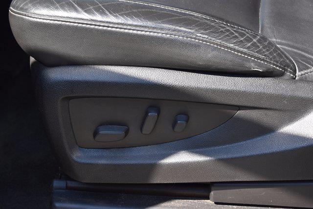 2016 Chevrolet Silverado 1500 Crew Cab 4x4, Pickup #M07177A - photo 14