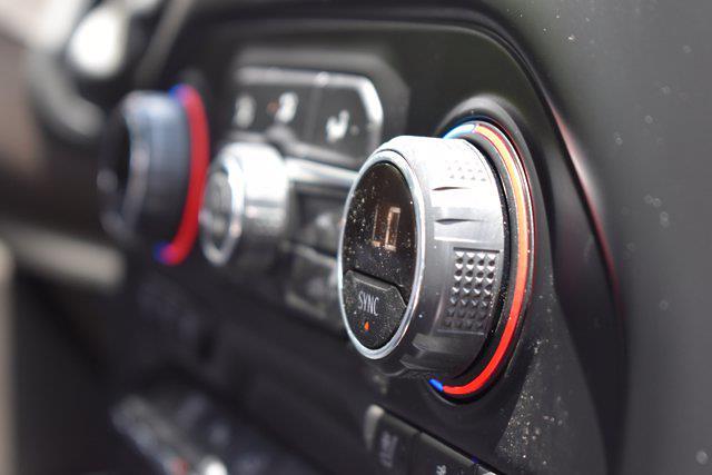 2020 Chevrolet Silverado 2500 Crew Cab 4x4, Pickup #M11308A - photo 32