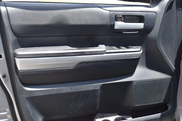 2016 Toyota Tundra Crew Cab 4x4, Pickup #M14094A - photo 12