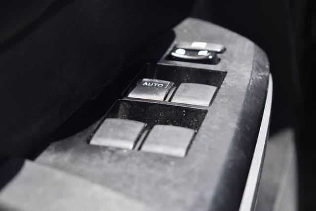 2016 Toyota Tundra Crew Cab 4x4, Pickup #M14094A - photo 13