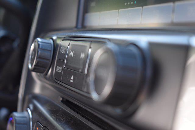 2016 Chevrolet Silverado 1500 Crew Cab 4x4, Pickup #M15338A - photo 30
