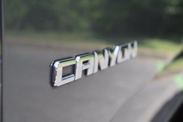 2018 GMC Canyon Crew Cab 4x2, Pickup #M18458A - photo 33