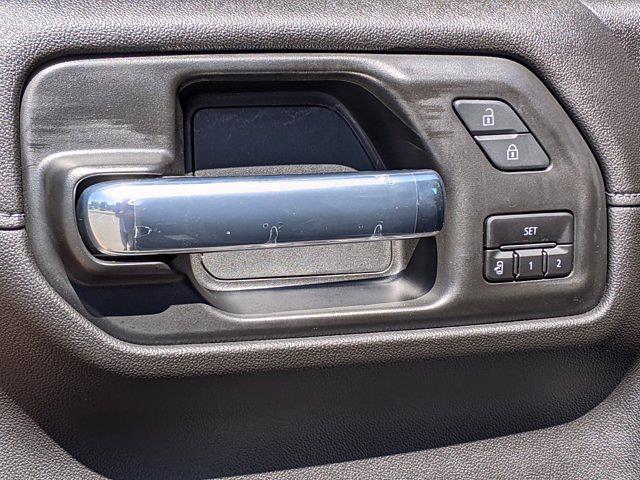 2020 Chevrolet Silverado 1500 Crew Cab 4x4, Pickup #M61327A - photo 14