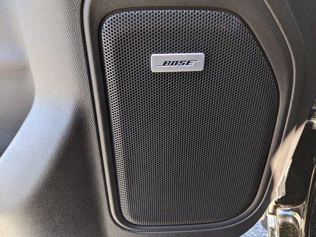 2020 Chevrolet Silverado 1500 Crew Cab 4x4, Pickup #M61327A - photo 16