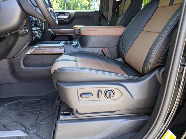 2020 Chevrolet Silverado 1500 Crew Cab 4x4, Pickup #M61327A - photo 17