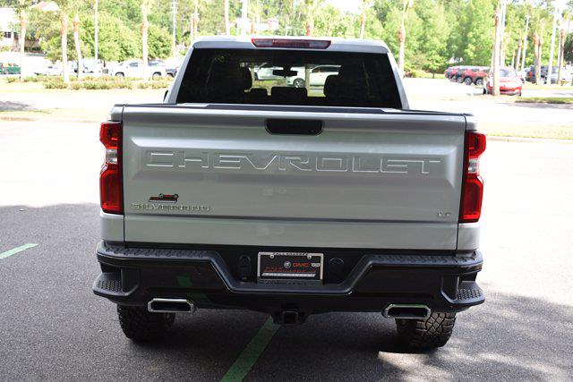 2021 Chevrolet Silverado 1500 Crew Cab 4x4, Pickup #M75111A - photo 2