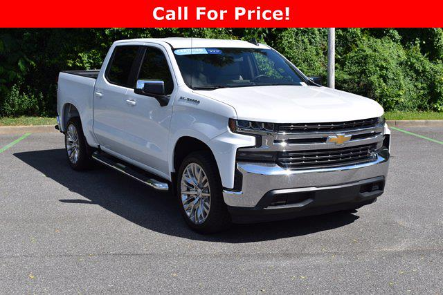 2020 Chevrolet Silverado 1500 Crew Cab 4x2, Pickup #X51618 - photo 1