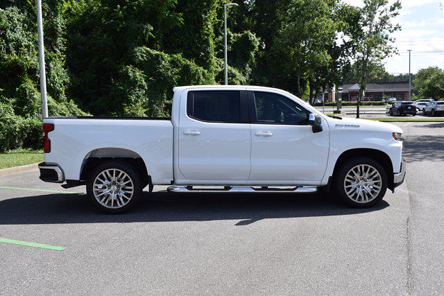 2020 Chevrolet Silverado 1500 Crew Cab 4x2, Pickup #X51618 - photo 3