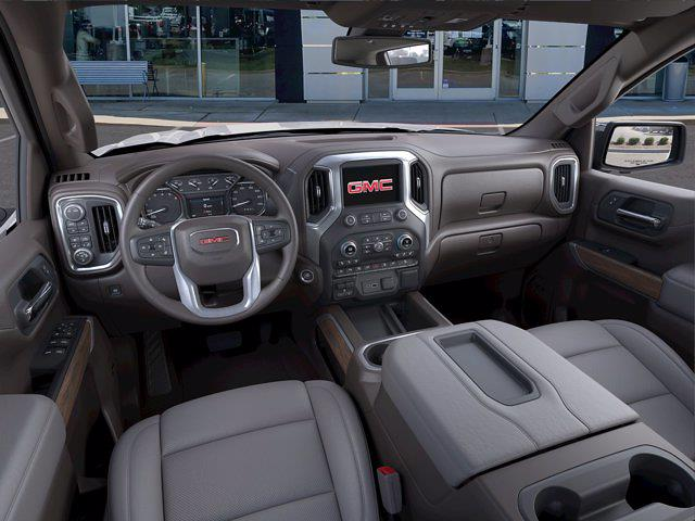2021 GMC Sierra 1500 Crew Cab 4x4, Pickup #305535 - photo 12
