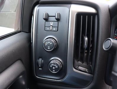 2018 Chevrolet Silverado 1500 Crew Cab 4x4, Pickup #DM62348G - photo 22