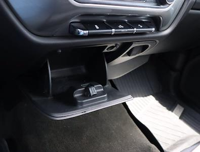 2018 Chevrolet Silverado 1500 Crew Cab 4x4, Pickup #DM62348G - photo 27