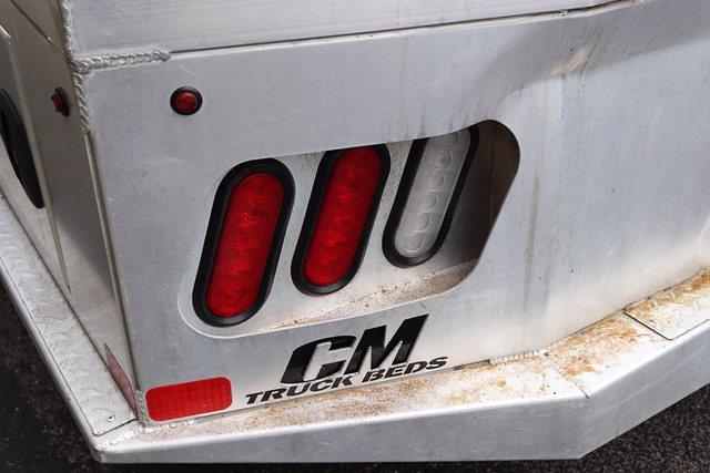 2017 Chevrolet Silverado 3500 Crew Cab DRW 4x4, Platform Body #DM62348H - photo 9