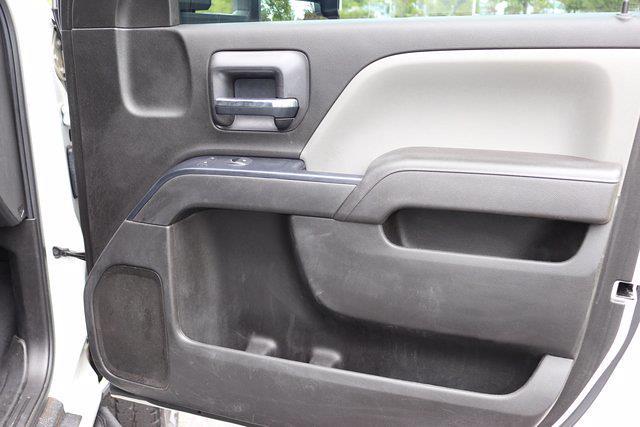 2017 Chevrolet Silverado 3500 Crew Cab DRW 4x4, Platform Body #DM62348H - photo 20