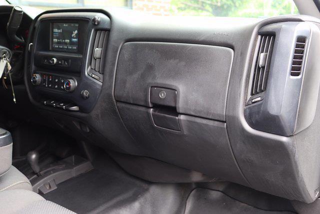 2017 Chevrolet Silverado 3500 Crew Cab DRW 4x4, Platform Body #DM62348H - photo 21