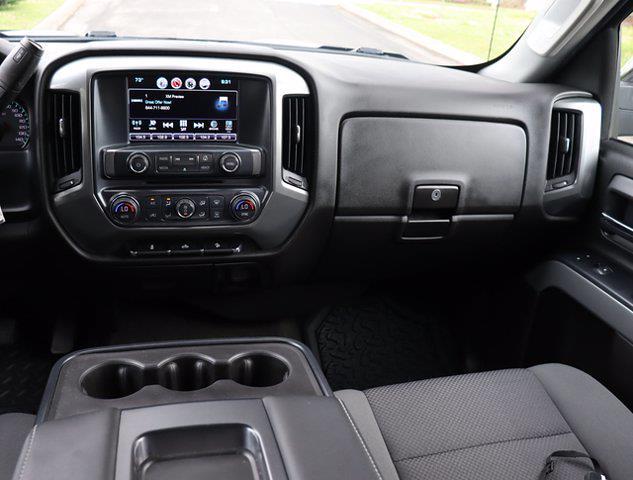 2017 Chevrolet Silverado 1500 Double Cab 4x4, Pickup #M00872G - photo 16
